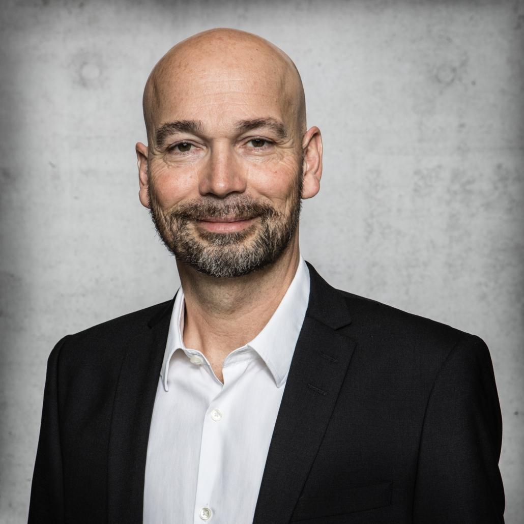 Dr. Rainer Gith